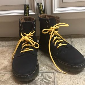 Dr. Martens Combs canvas boots